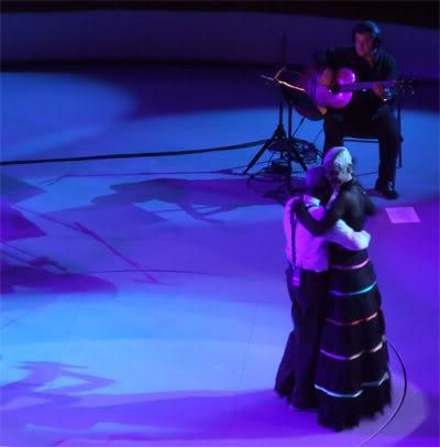 Tito Paris danse avec Mariza