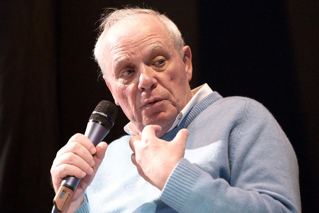 Antonio Lobo Antunes, Commandeur des Arts et des Lettres