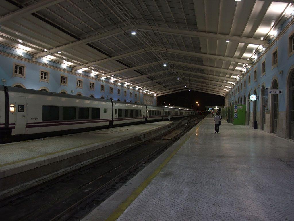 Le train en partance pour Madrid