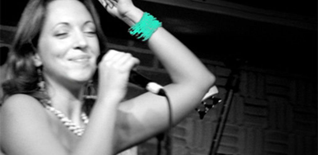 Chloé Deyme : une Française qui chante le Brésil