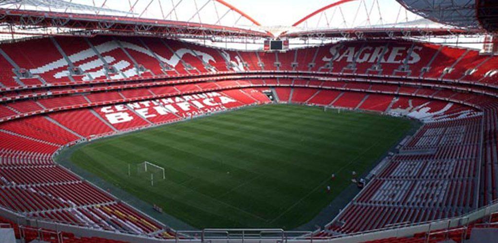 Voir Benfica vs Galatasaray à la télé : Coupe de l'UEFA
