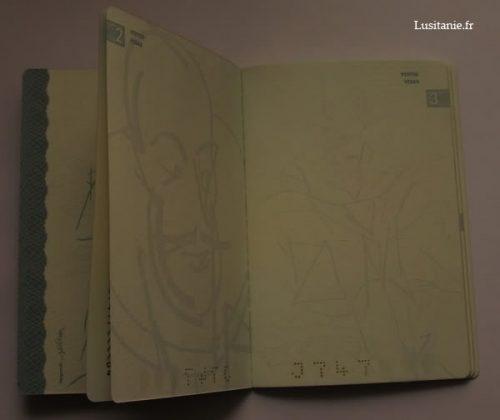 Intérieur du passeport