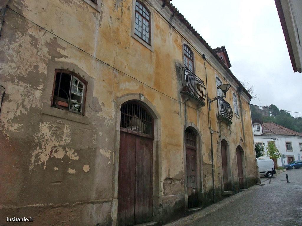 maison du marquis pombal une vraie ruine le portugal en fran ais. Black Bedroom Furniture Sets. Home Design Ideas