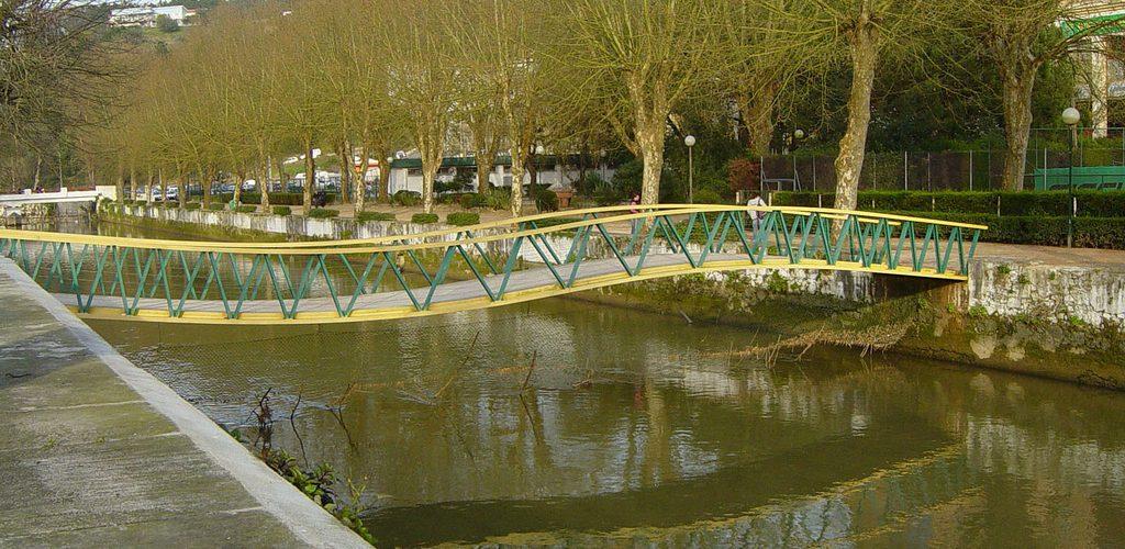 Le Rio Lis, le petit fleuve qui passe à Leiria...