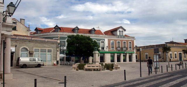 Rues d'une ville portugaise : Marinha Grande