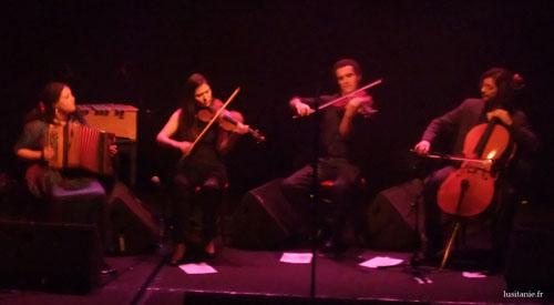 Accordéon, violon, alto et violoncelle