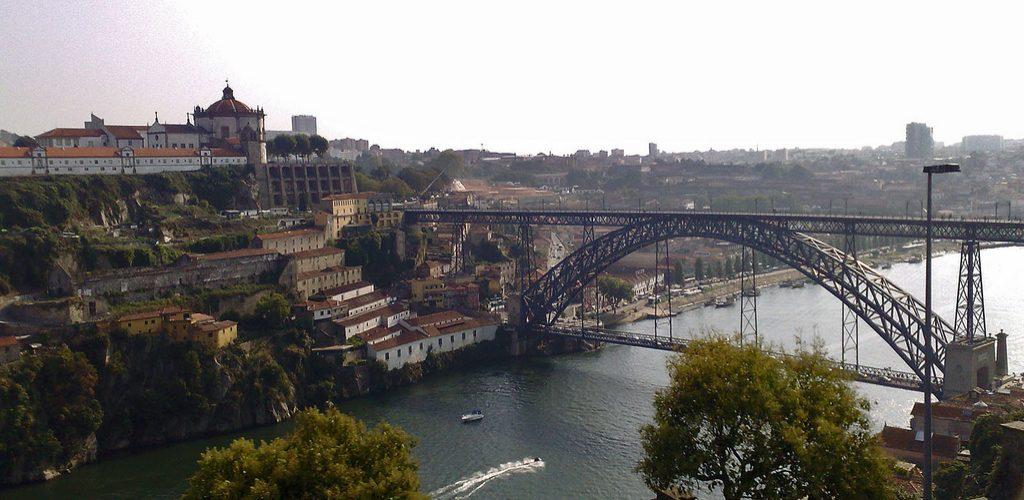 Pont Dom Luis I, chef d'œuvre de métal à Porto