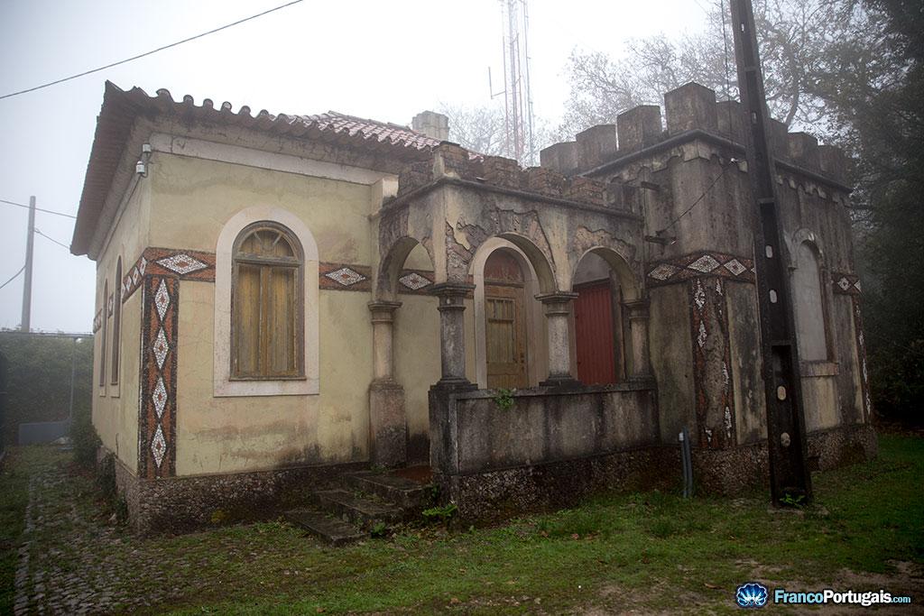 Une des maisons des gardiens.