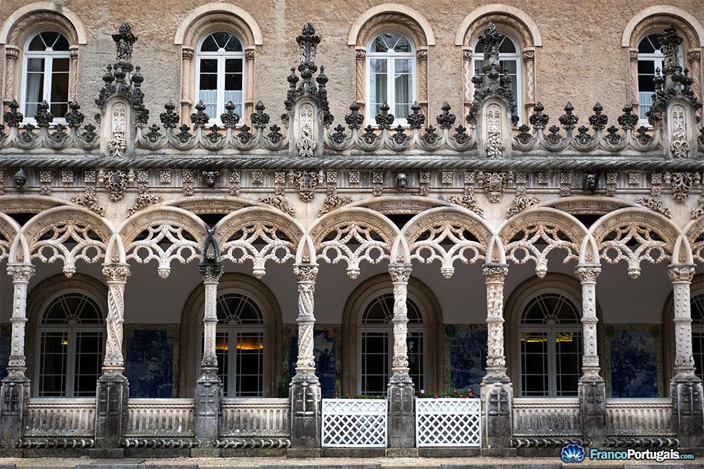Colonnes du palais de Buçaco