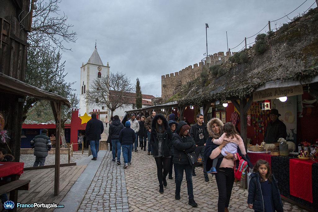 stands et boutiques dans le château