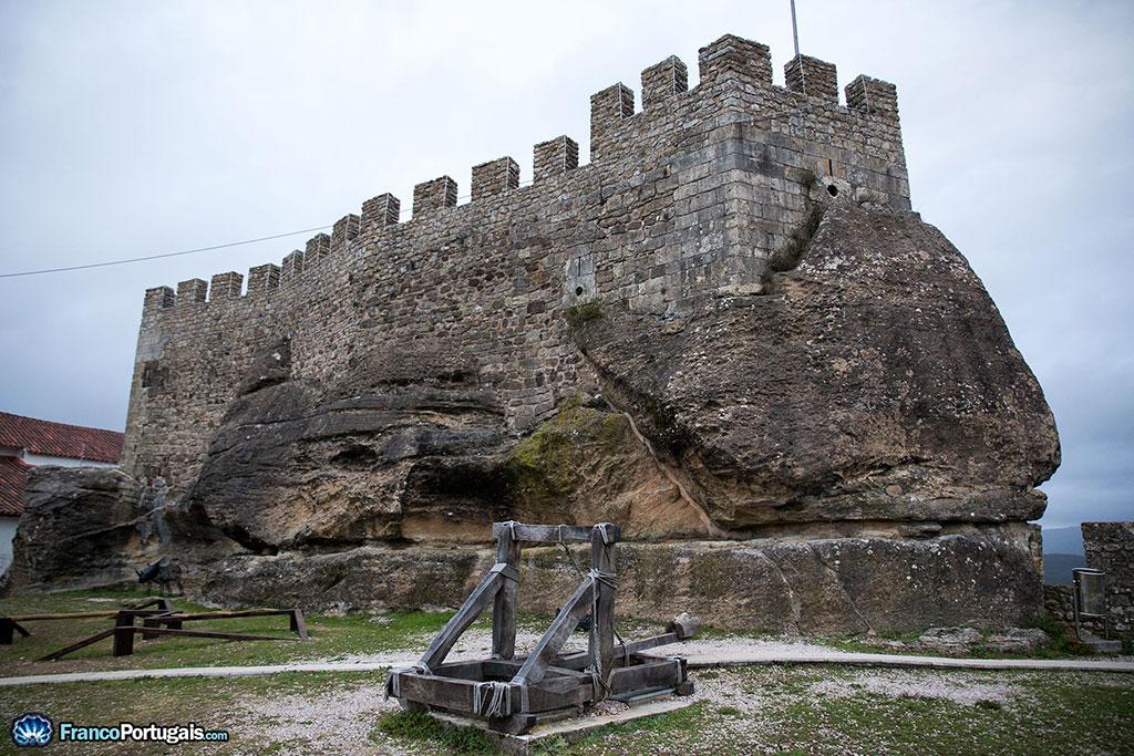 rocher du château de Penela