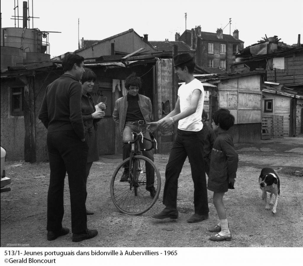 bidonville portugais en France. Copyright Gérald Bloncourt