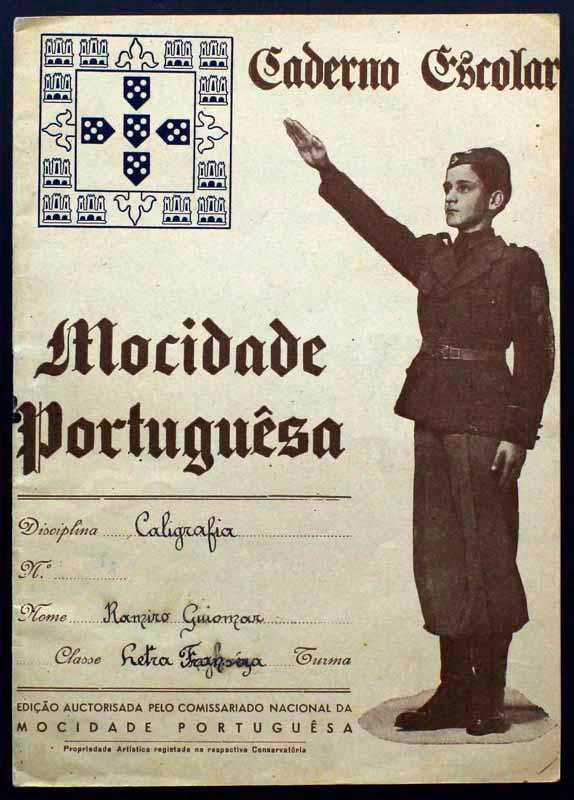couverture cahier scolaire au Portugal de Salazar