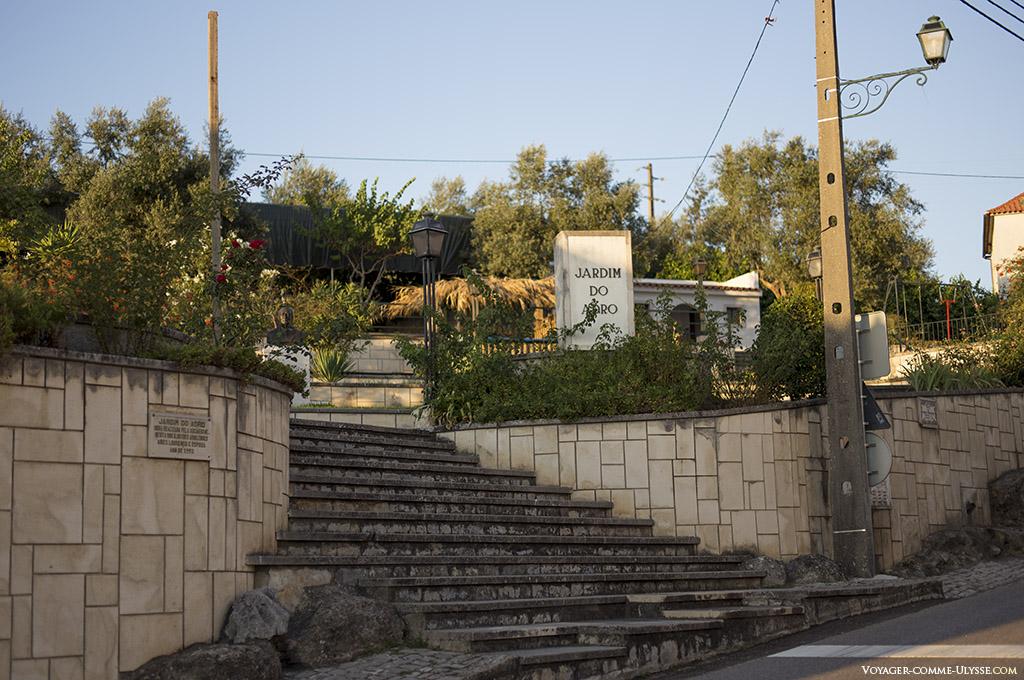 Jardim do Adro, Abiul